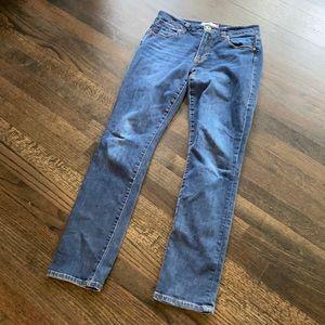 Cabi high straight jeans size 4 EUC